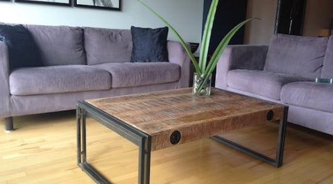 rustique table basse industrielle