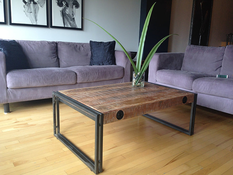 Small condo-furniture-small-space-montreal-toronto-coffee-table-idea