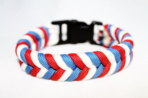 Fish Tail Paracord Bracelet