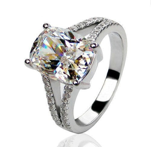 Cindarella 3ct stone 10KT White Gold Engagement Ring - PicaPicaBeauty
