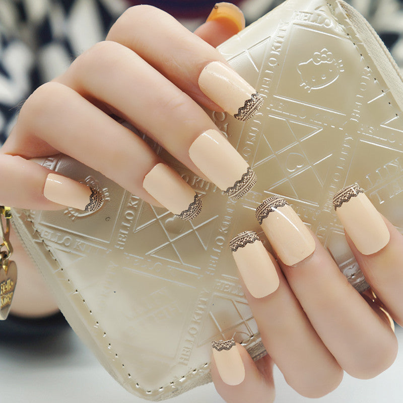 16 Nail Polish Stickers - Cream Lace - PicaPicaBeauty