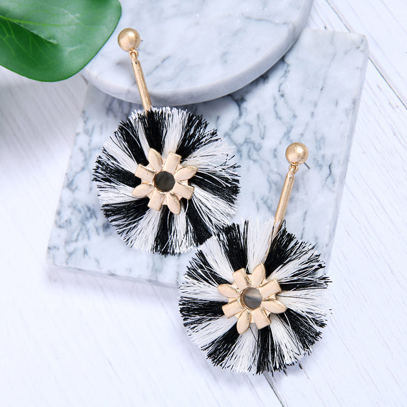 Black and White Handmade Cotton Tassels - PicaPicaBeauty