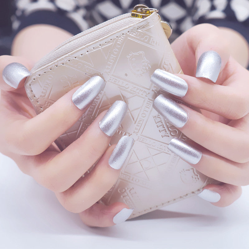 16 Nail Polish Stickers - Disco Silver - PicaPicaBeauty