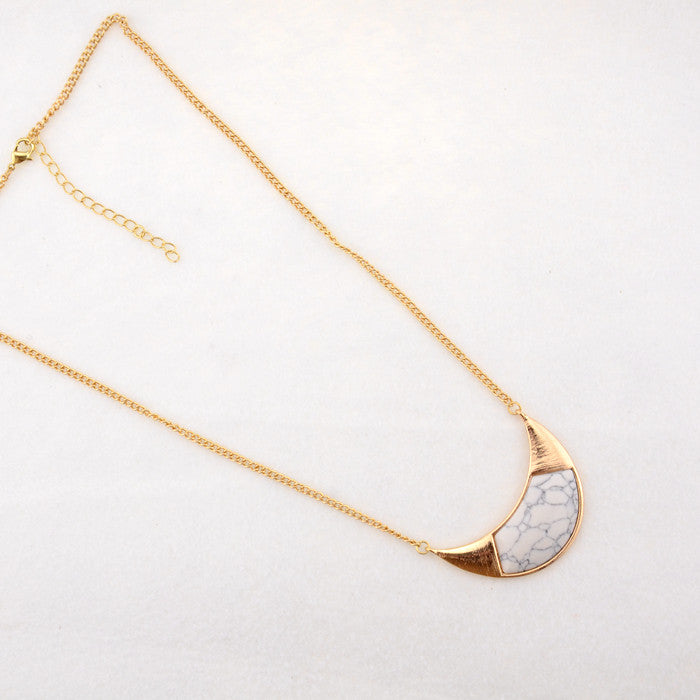 White marble inlaid short necklace - PicaPicaBeauty