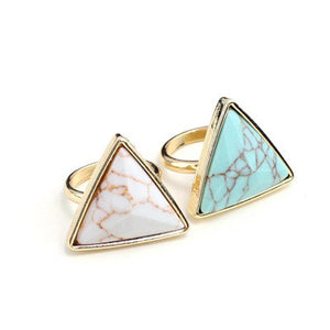 Geometric Triangle Turquoise Ring - PicaPicaBeauty