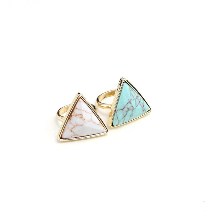 Turquoise Delta Ring - PicaPicaBeauty