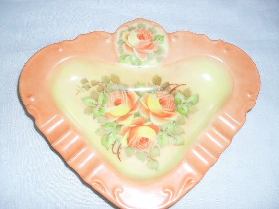 Beautiful Victorian hand painted porcelain ashtray with roses