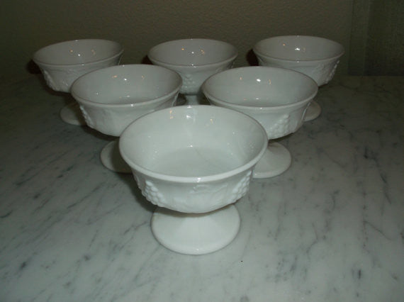 Set of 6 Vintage White milk glass Sherbet dish from the Indiana Glass Co
