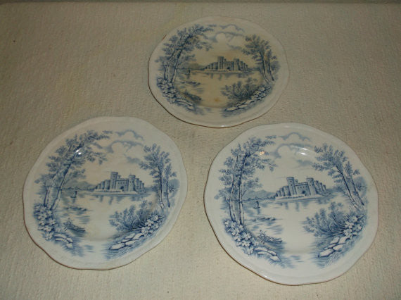 Set of 3 Vintage Alfred Meakin Queen's Castle Engraved Plates