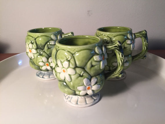 Set of 3 INARCO #E2866 Green Apples and White Daisys floral coffee mugs made in Japan by Inarco SOLD - SOLD - SOLD