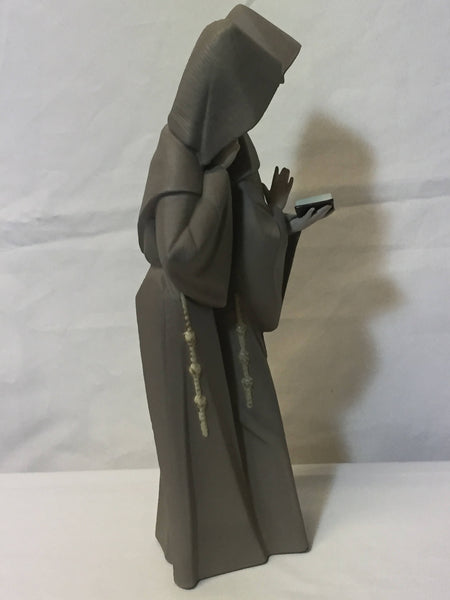 LLadro Monks at Prayer #5155 Retired-SOLD-SOLD-SOLD