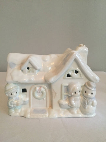1994 Enesco Precious Moments Sugar House lighted House nightlight Christmas Cottage