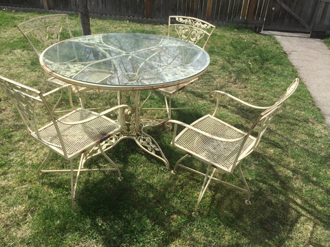 "Vintage Russell Woodard Wrought Iron ""Rose"" Patio Set"