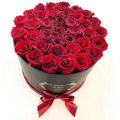 Large Signature Round Box Eternity Roses