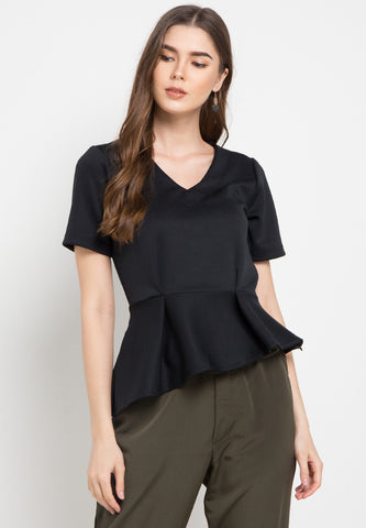 Blouse with tilted detail - Black
