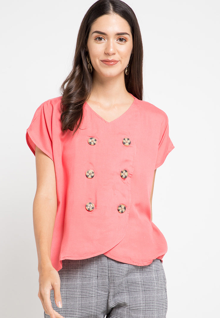 Blouse with six button