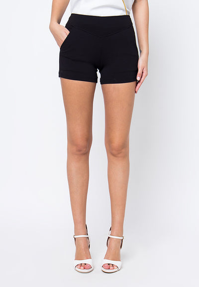 Cover.9 - Lined Short Black