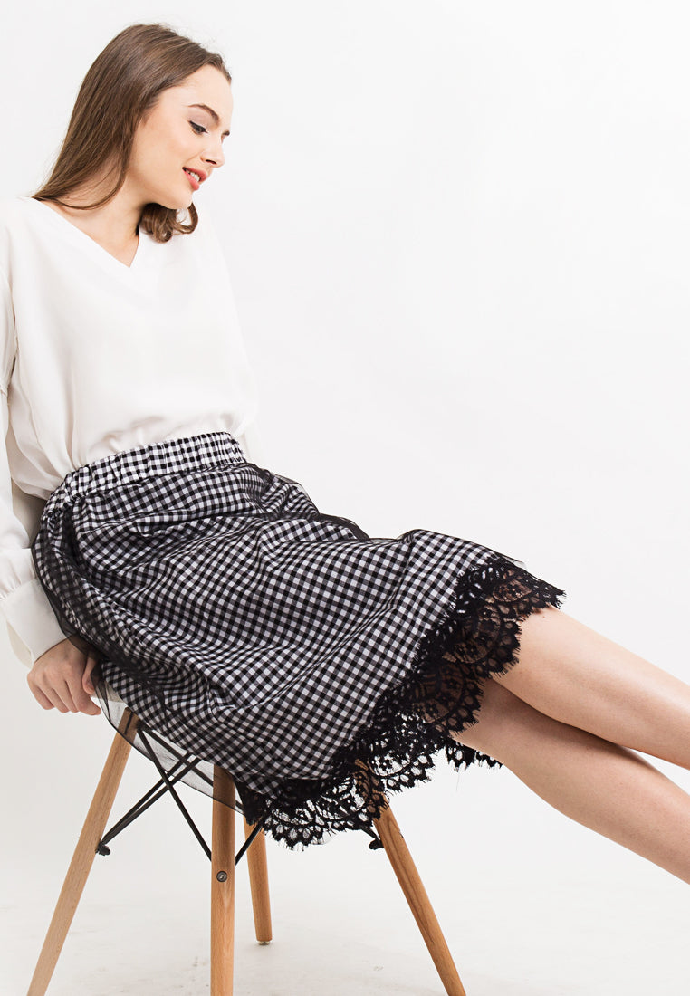 Checkered Skirt With Lace and Tule