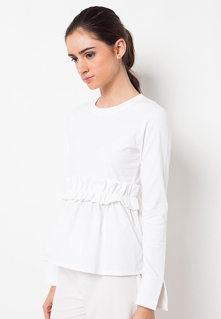 T-shirt with Frill Combination