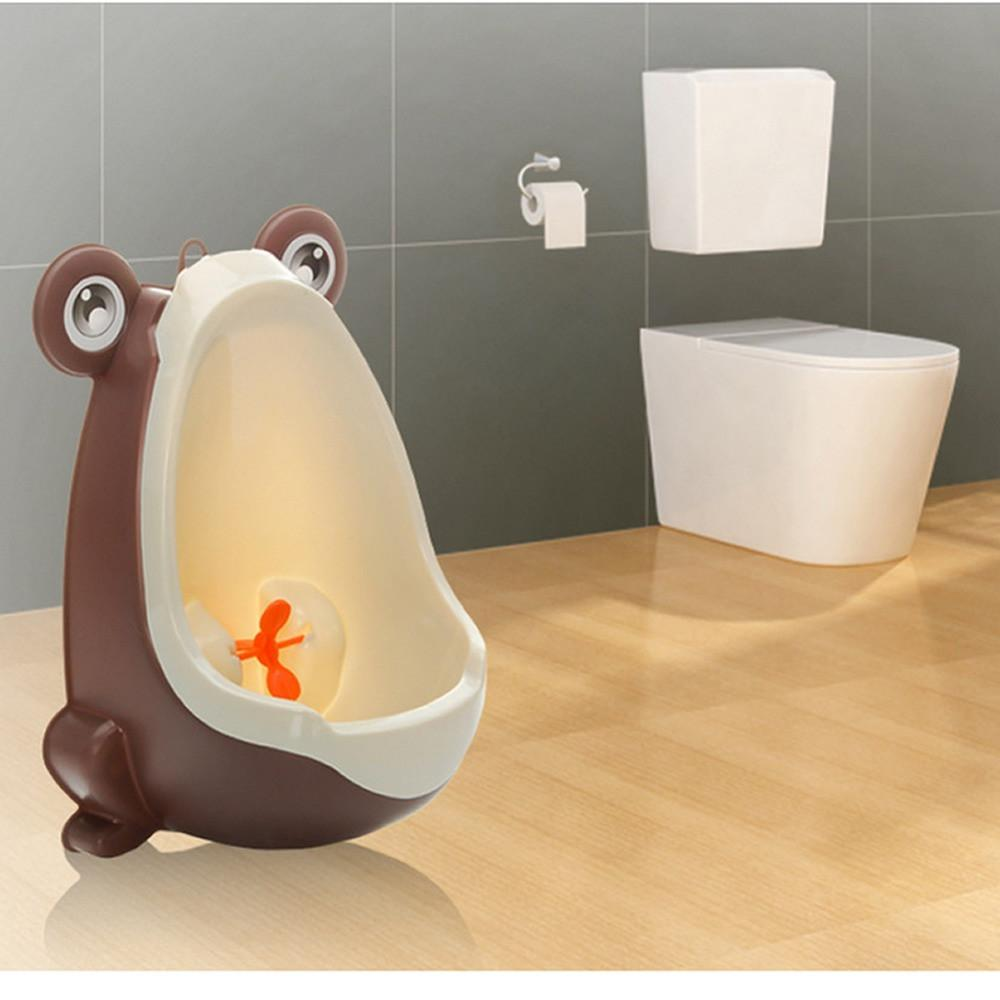 Baby Boy Potty Wall - Handy Treat