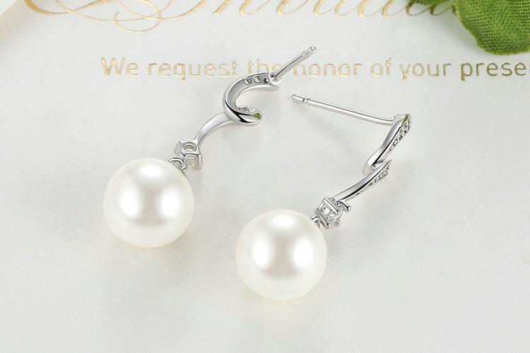 White Pearl Jewelry Set - 100% Authentic 925 Sterling Silver, Pearl & AAA Zircon - Handy Treat