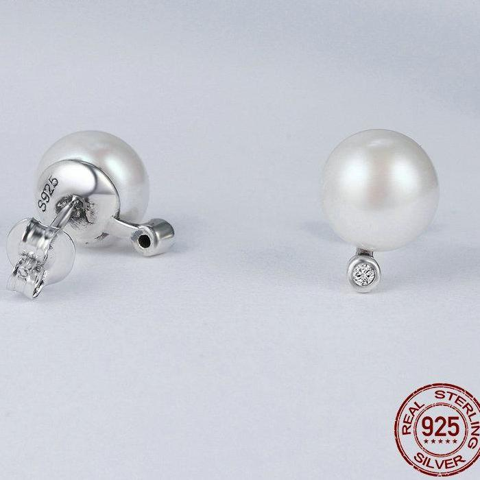 Gentle Fresh Water Round Stud Earrings - 100% Authentic 925 Sterling Silver - Handy Treat