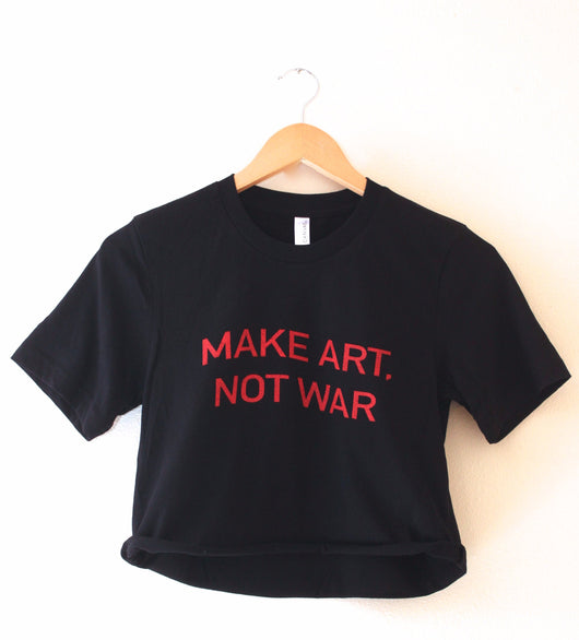 Make Art, Not War Black Graphic Cropped Tee