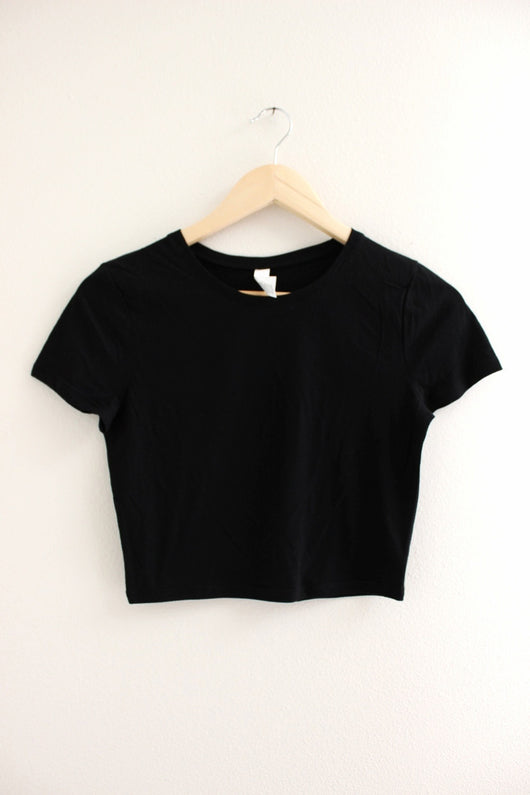 Basic Black Crop Top