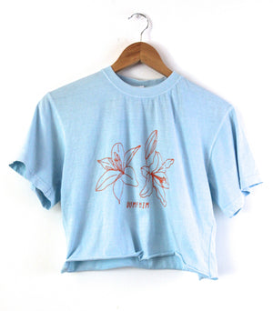 Dump Him Lilies Oversized Graphic Light Blue Cropped Unisex Tee
