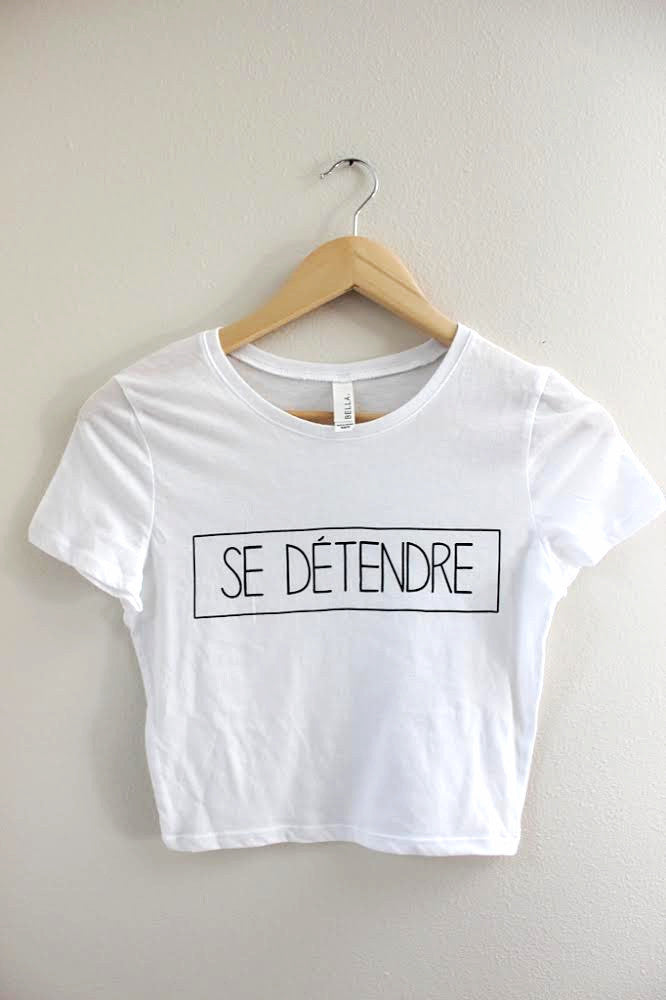 Se Détendre White Graphic Crop Top