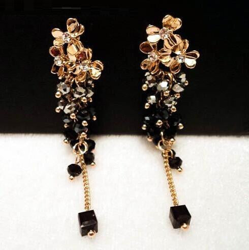 Classic statement long earrings gold plated fashion flower beads