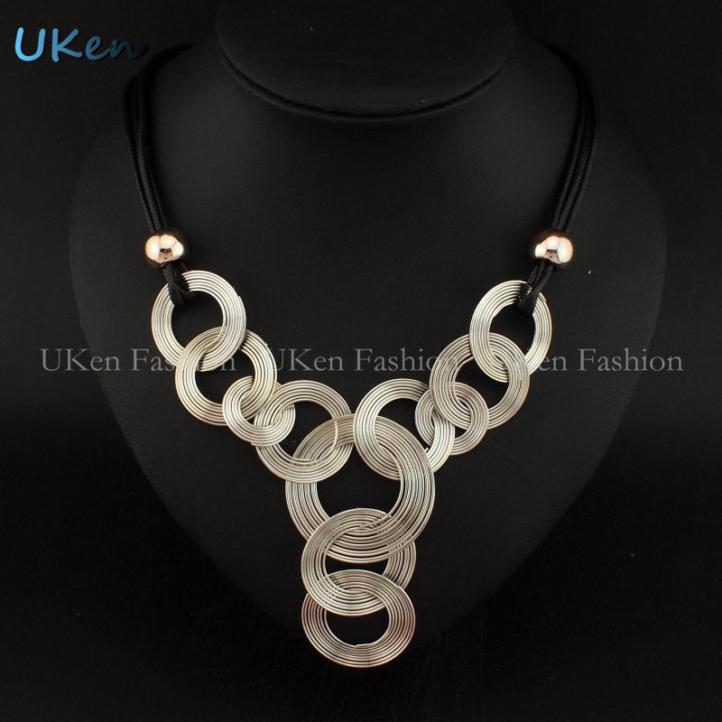 Danfos Black Chain Weave Circle Metal Wire Chokers Colares Pendants