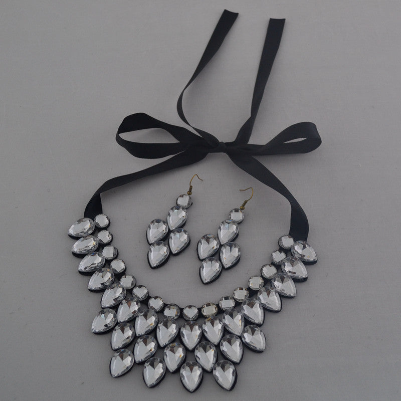 Clothing necklace & earrings suit fashion short statement necklace &
