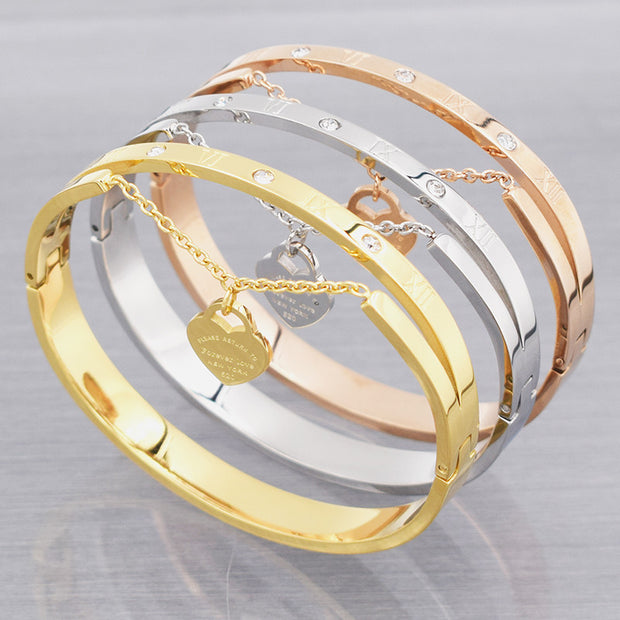 Design Luxury Brand Love Bracelet Women Stainless Steel Roman Numerals