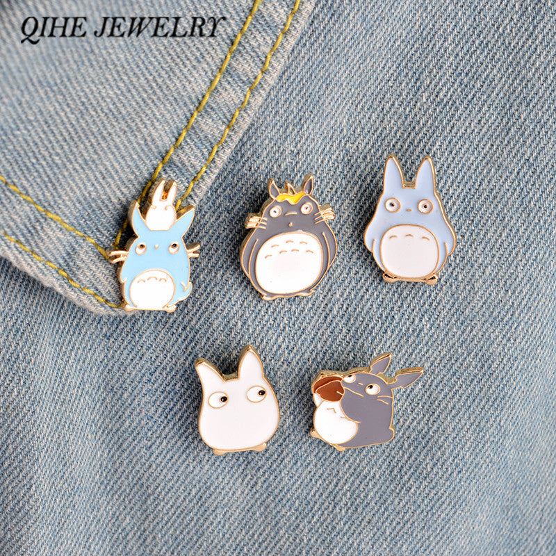 QIHE JEWELRY 4PCS/Set Kawaii Cartoon My Neighbor Totoro Brooches