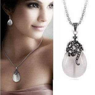 Fashion women opal water drop earrings and necklace Vintage jewelry