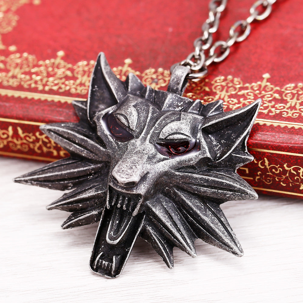 Witcher 3 The Wild Hunt 3 Figure Game medallion Wolf Head Necklace