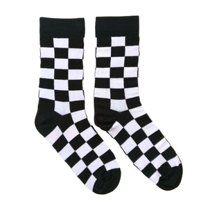 Checkers: Black & White