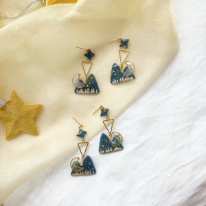 Winter Mountain (diamond charms)