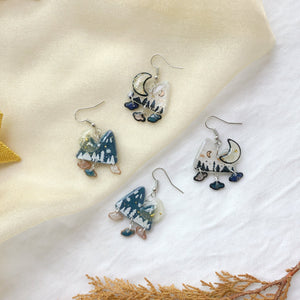 Winter Mountain w mini clouds charms (silver)