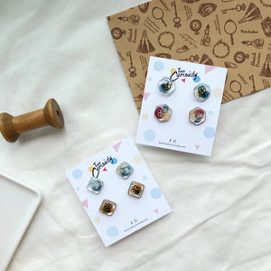 Vintique studs set (two pairs)