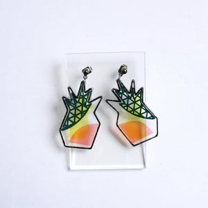 Pineapple earrings with transparent