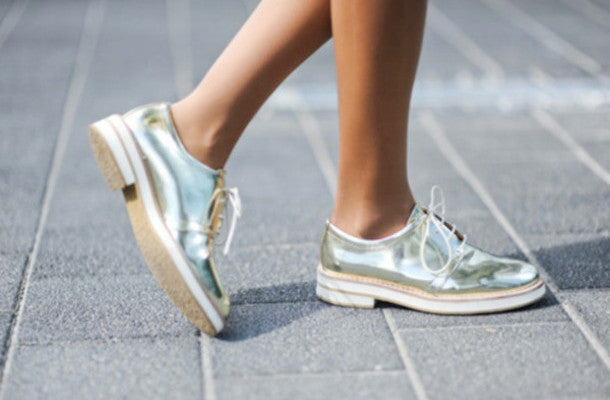 Metallic flat shoes