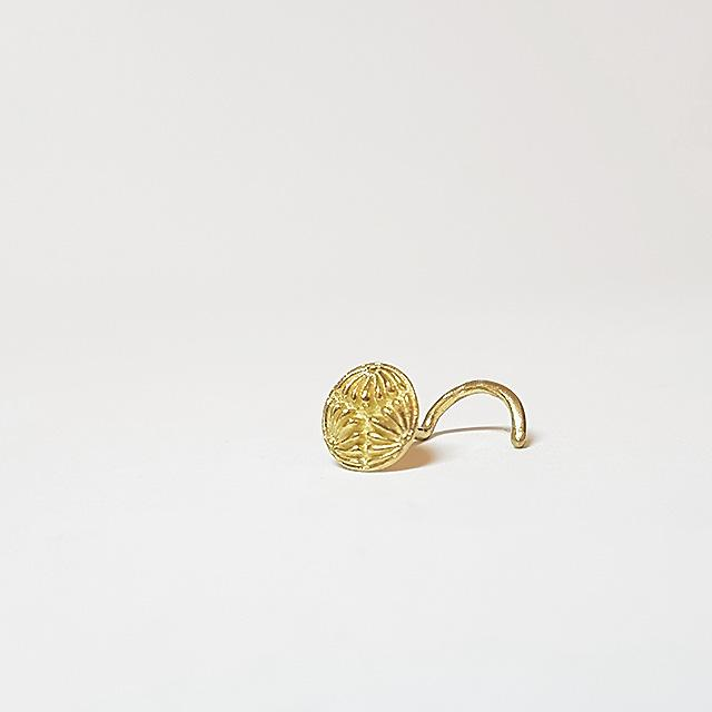 18 gauge nose stud gold