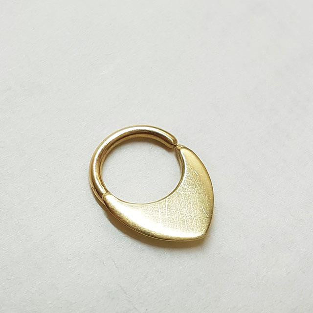 Neptune's Child - 14k Gold Cartilage Earring - patapatajewelry