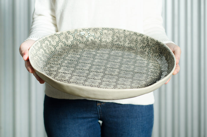Paella Warm Grey Lace