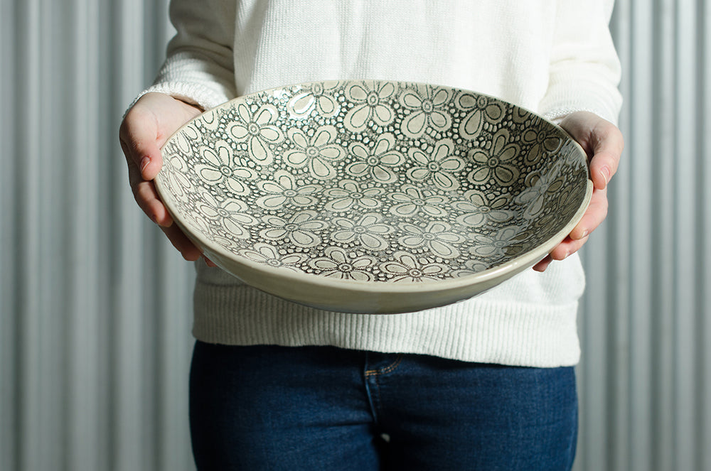Spaghetti Bowl Warm Grey Lace