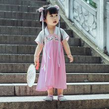 CS084 Girls Traditional Chinese Period Costume Cheongsam Dress with Embroidery Pink