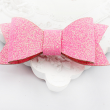 BOW005 Glitter Bow Clippies