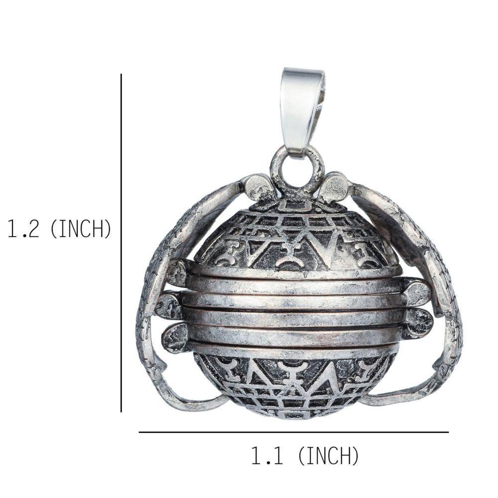 itsgenie.com-Magical Expandable Photo Locket-Magical Expandable Photo Locket
